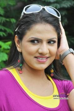 Heroine Shivani