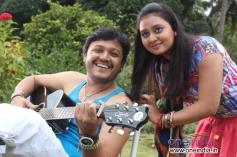 Ganesh & Amoolya in Kannada Film Sravani Subramanya