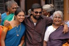 Sasikumar with Family