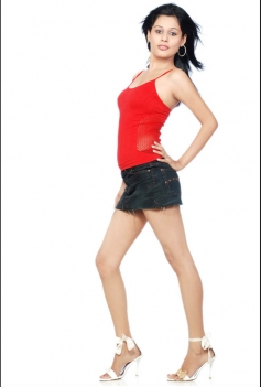 Glamorous Avantika Sharma