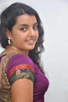 Divya Nagesh Latest Photos