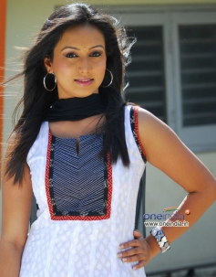 Reema Vohra in Manjunatha BA LLB