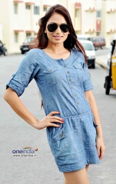 Actress Niyamat Kaur