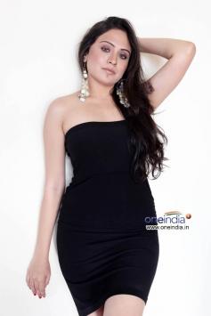 Priya Patel Hot Photoshoot