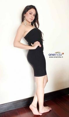Priya Patel Hot Images