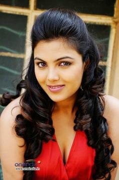 Hot Priyanka Tiwari