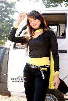 Actress Saloni Aswani
