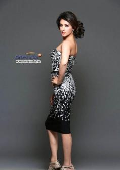 Dazzling Samiksha Singh