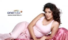 Hot Samiksha Singh