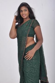 Sathiram Perundhu Nilaiyam Actress Romance