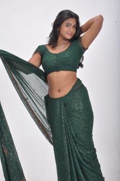 Sathiram Perundhu Nilaiyam Spicy Photos