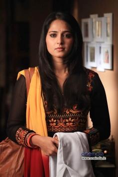 Cute Anushka Shetty