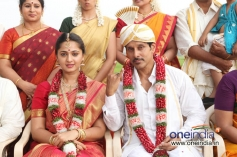 Anushka Shetty & Vikram