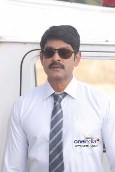 Jagapathi Babu in 6 Movie