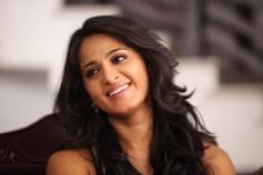 Thulli Ezhunthathu Kadhal Movie Actress