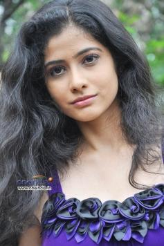 Actress Kashmira