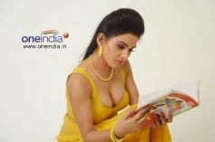 Hot Kavya Singh