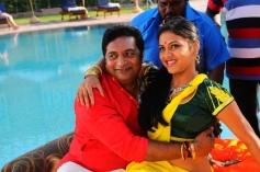 Thulli Vilayadu Romance Photos