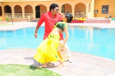 Thulli Vilayadu Movie Song Photos