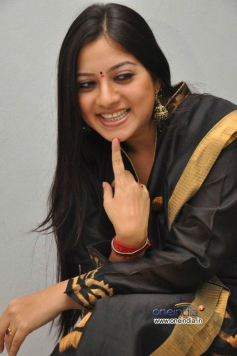 Keerthi Chawla with Cute Smile