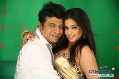 Shivrajkumar and Priyamani