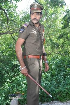 Nandamuri Tarakaratna as Police