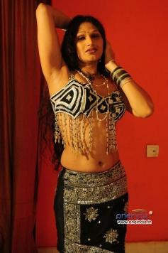O Aunty Katha Movie Pics
