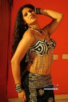 Telugu Movie O Aunty Katha
