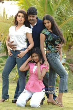 Naveen Chandra, Archana, Monica, Keerthi Chawla and Oviya