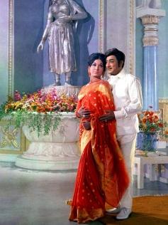 Vasantha Maligai Movie Pics