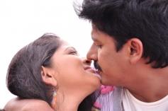 Telugu Movie Asalem Jarigindante Hot Pics