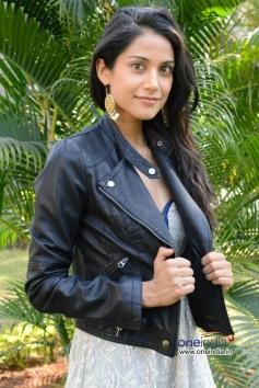 Beautiful Melanie Kannokada