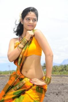 Oruvar Meethu Iruvar Sainthu Movie Actress Stills