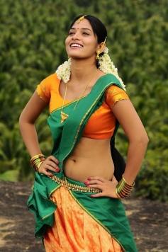 Oruvar Meethu Iruvar Sainthu Actress Pictures