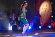 Lakshmi Rai Stills From Onbadhula Guru