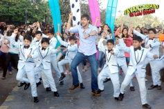 Vivek Oberai's Gangnam Style