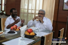Manivannan and Sathyaraj Still From Nagaraja Cholan MA MLA