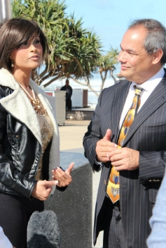 Aiysha Saagar With Gold Coast Mayor in Surfers Paradise