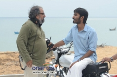 Mariyaan Working Stills