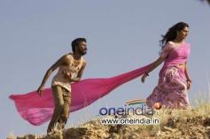 Dhanush, Parvathi Menon