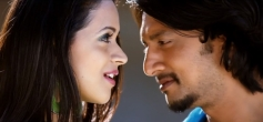 Sudeep and Bhavana Still From Sada Ninna Kannali Song