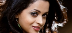Bhavana Still From Sada Ninna Kannali Song
