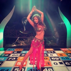Maryam Zakaria dance steps for Naagin Song