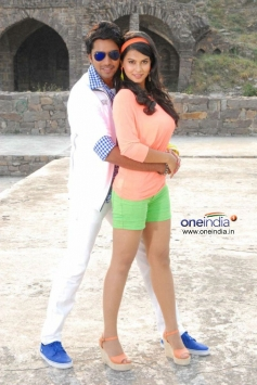 Allari Naresh and Sharmila Mandre in Kevvu Keka