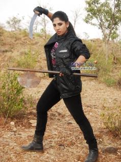 Ayesha in Kannada Movie Bhairavi