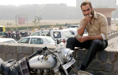 Ranvir Shorey still from Bajatey Raho