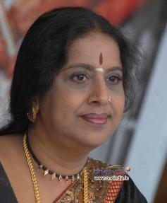Hema Chaudhary at Dasavala Press Meet