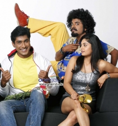 Monish, Vasu Dixit and Bhavana Rao in Kannada Movie Money Honey Shani