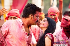 Ravi Kishan still from Issaq