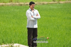 Ravishanker Gowda in Kannada Film Gandhi Jayanthi